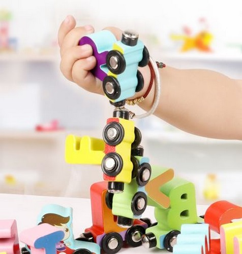 Extrokids Montessori Learning Alphabetic Magnet Car - EKR0010