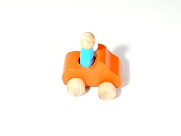 Extrokids Wooden Set of 1 Car With 1Peg Doll Toy - EKT1924